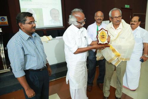 Honouring Ceremony of Past chairmen and Secretaries